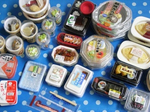 日本的道具琳琅满目!The Japanese has made a huge range of miniature items, there's no end to the collection!