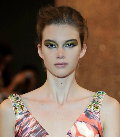 Ashley worked with Sharon Dowsett, the head of Chanel make-up, to create the gilded eye for his Spring/Summer 2010 collection.