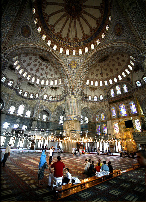 I've never been to Turkey, but seeing how magnificient the Blue Mosque is, I wish I could see it for myself! It's gorgeous!