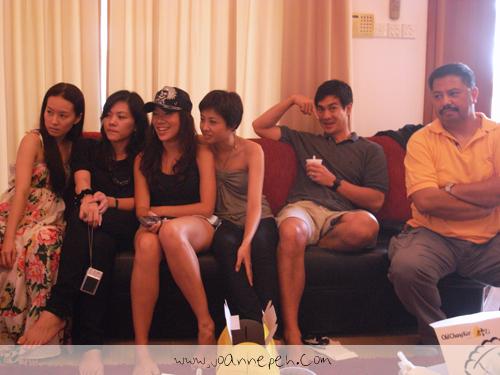 gathering9